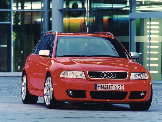 audi rs4 red - 1024x768